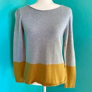 Old Navy Crew Colorblock Gray Gold Sweater